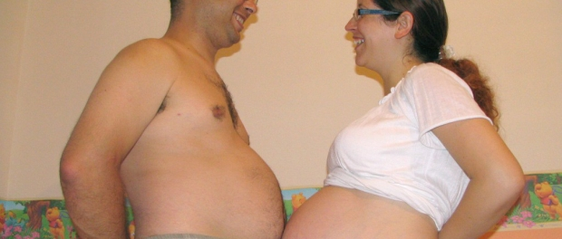 Husband grows his belly to support his wife during pregnancy